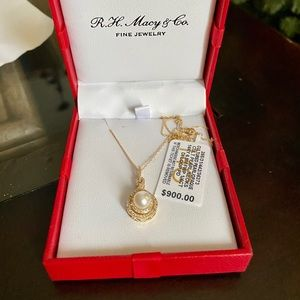 NWT 14K Gold and Pearl Necklace